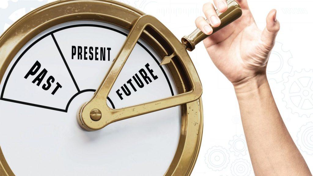 الوقت ليس ثابت وانما متغير ونسبي