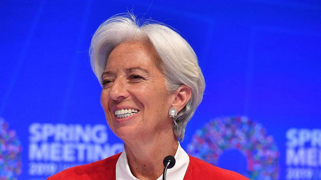 من يتحكم في صندوق النقد الدولي ؟