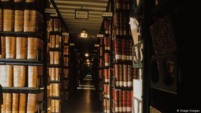 ارشيف الفاتيكان من الاماكن السرية التي لا يسمح بالدخول لها الا بتصريح خاص