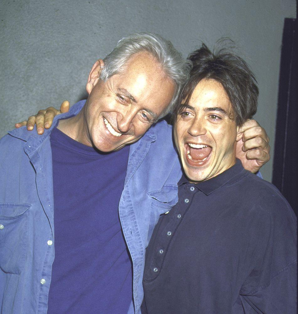روبرت جون داوني مع والده