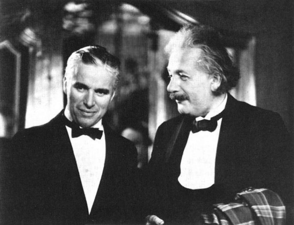 شارلي شابلن مع اينشتاين