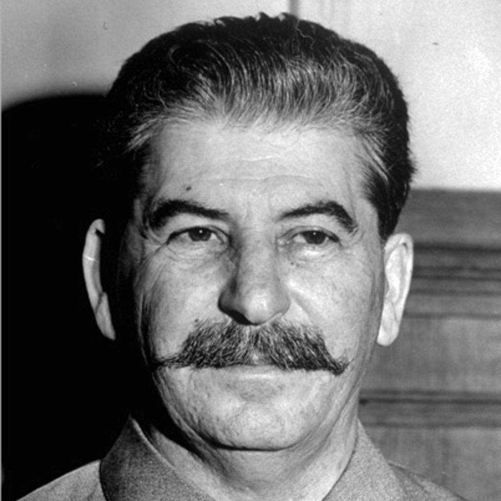 التاريخ ستالين