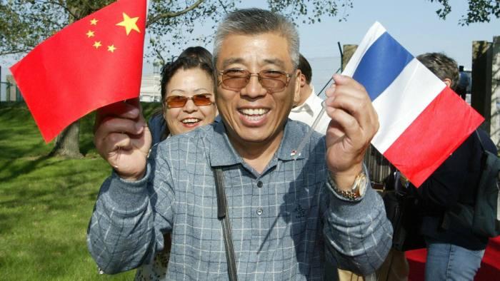 السياح الصينيين اصيبو بعدوى متلازمة باريس