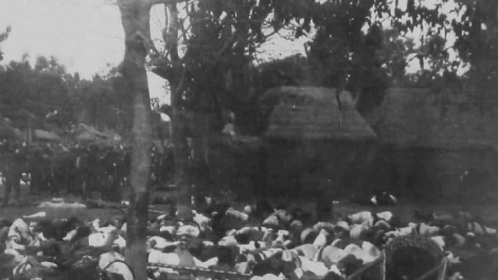 """قام الشعب البالي بمراسم انتحار جماعي تعرف باسم""""البوبوتان"""" تجنباً لاستعبادهم من قبل الهولنديين المحتلين"""