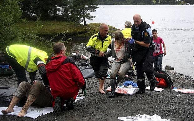 وصول الشرطة للجزيرة وانقاذ الناجين
