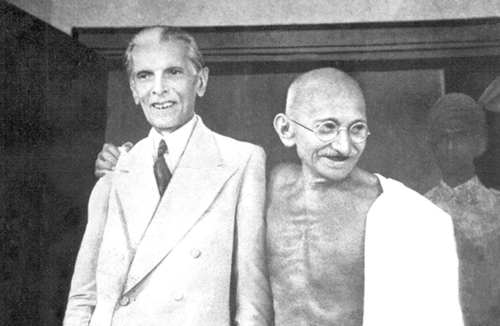 المهاتما غاندي بجانب محمد علي جناح